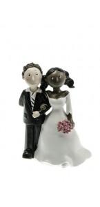 Couple de mariés mixte noir et blanc