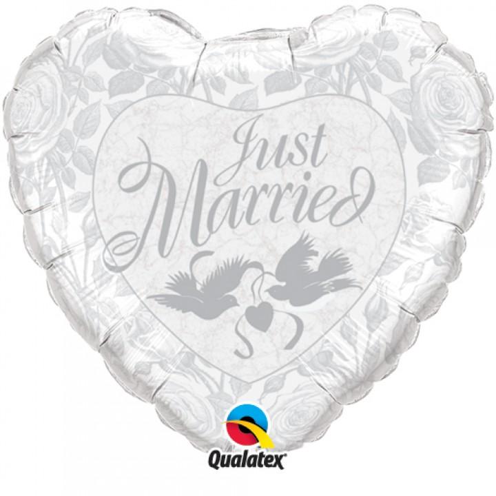 Ballon cœur just married aluminium argent