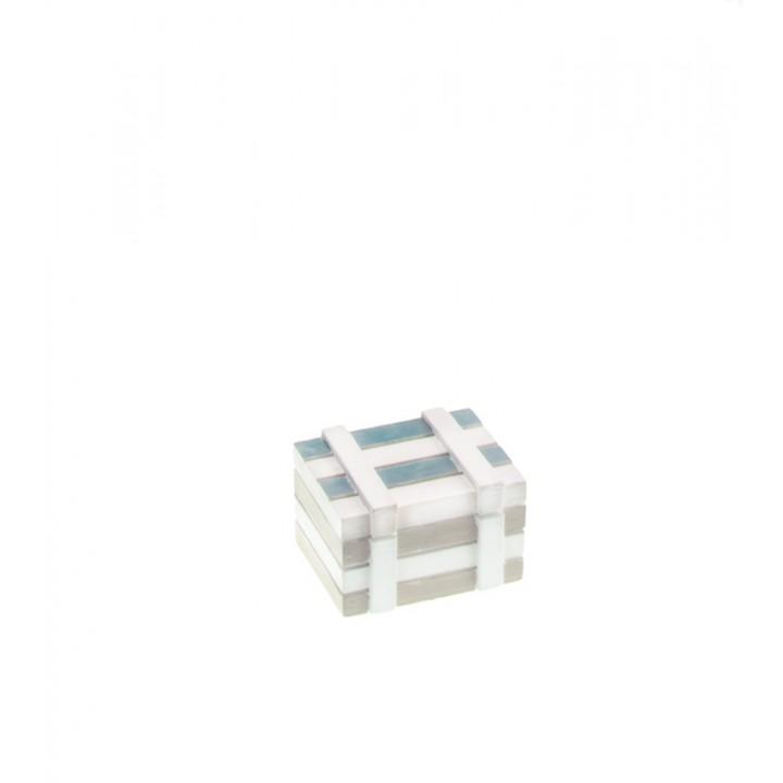Coffre marin bleu ciel en bois 7 x 5 x 4 cm