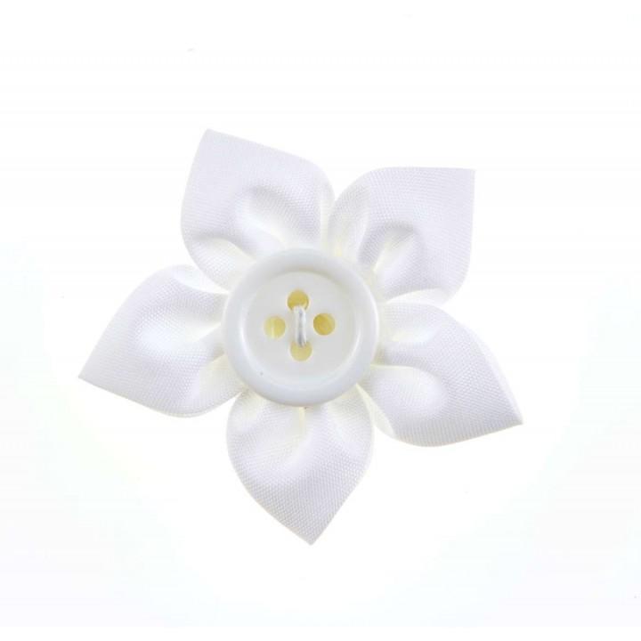 Lot de 6 fleurs blanches avec bouton
