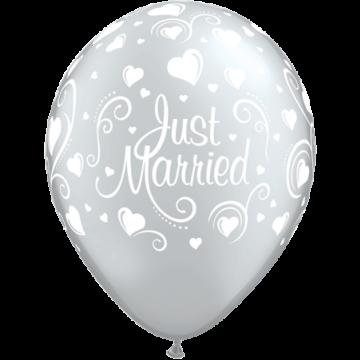 Lot de 6 ballons Just Married Cœurs Argent 27,5 cm