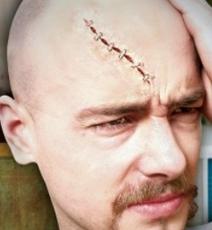 Maquillage Halloween cicatrice