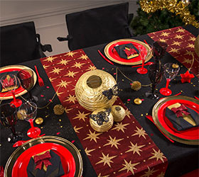 Idee deco table de noel rouge et or